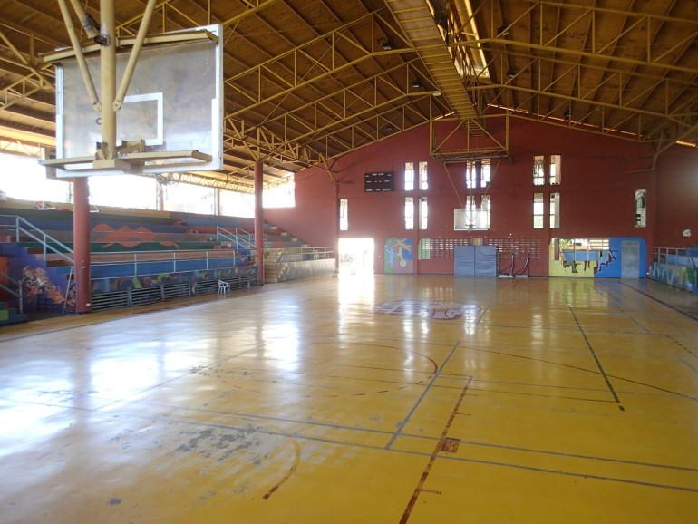 ファウンデーションの体育館