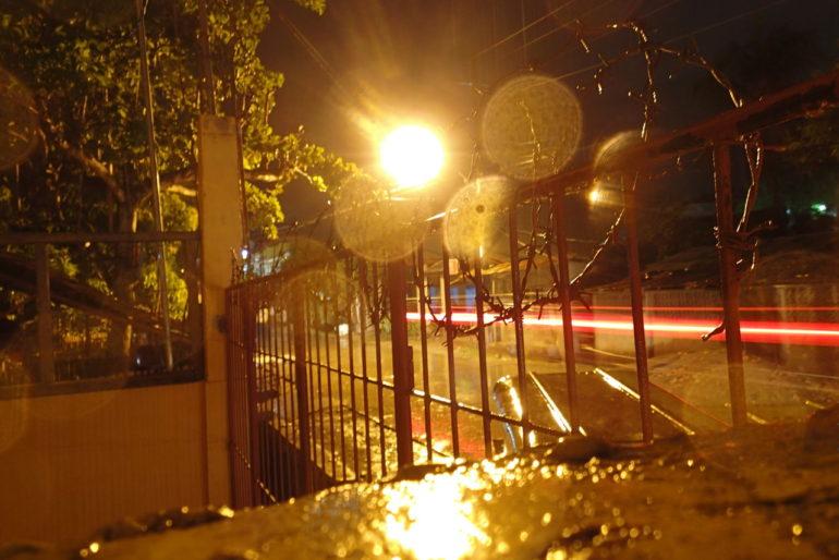 ドゥマゲッティの真夏の終わりは雨と共に