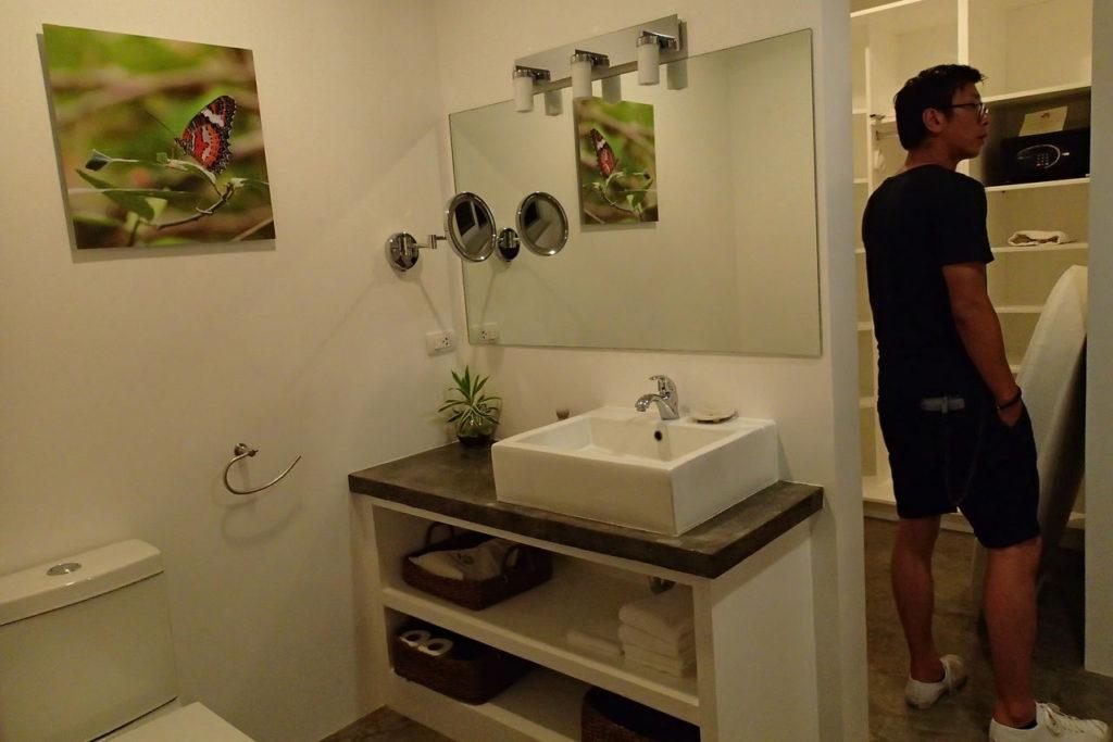 サラヤリゾートバスルーム