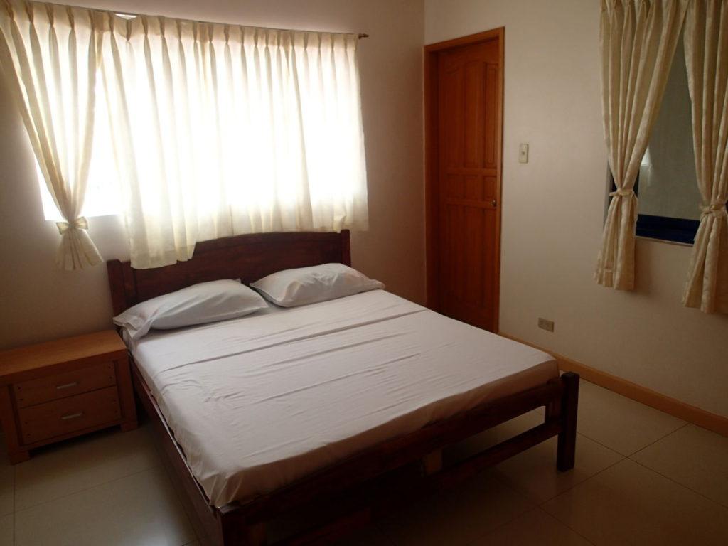 ドゥマゲッティシティアパートメントベッドルーム2