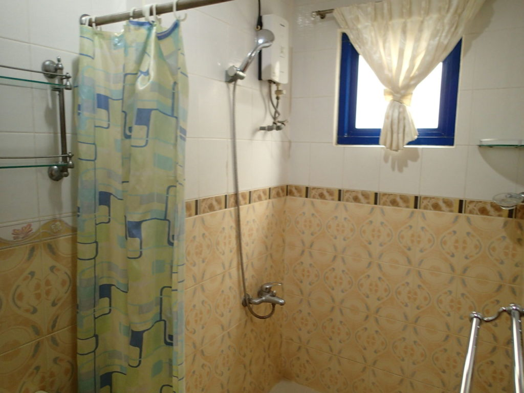 ドゥマゲッティシティアパートメントバスルーム