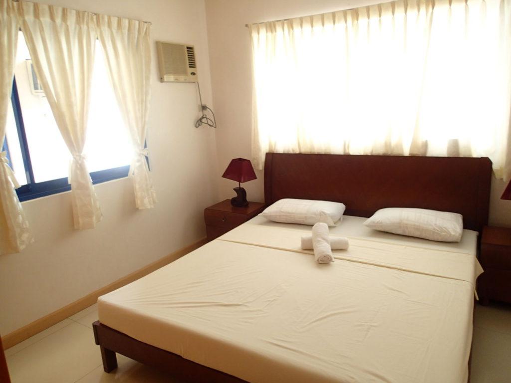ドゥマゲッティシティアパートメントベッドルーム