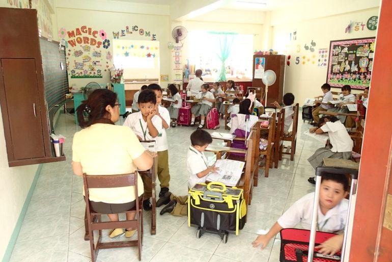 移住者に人気なドゥマゲッティの学校、セントポール(幼稚園から大学まであり)