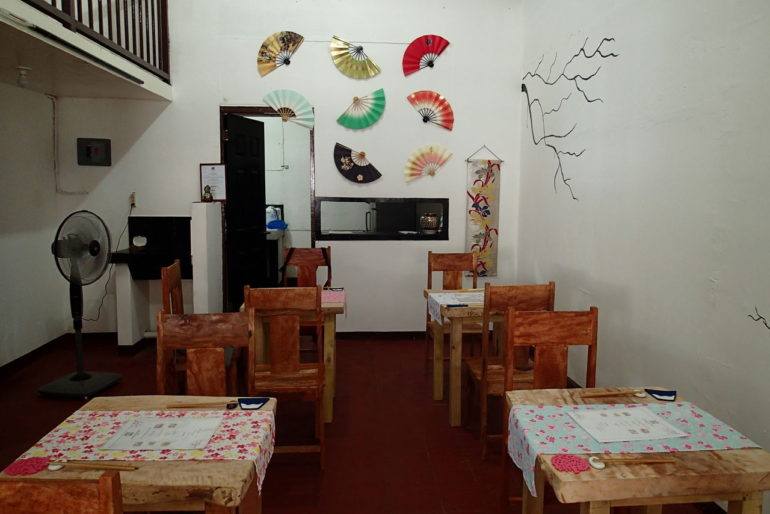 ドゥマゲッティで唯一まともな日本食店