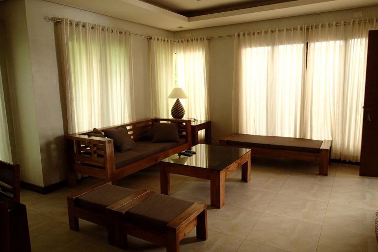 ハサラムコートヤードリビングルーム