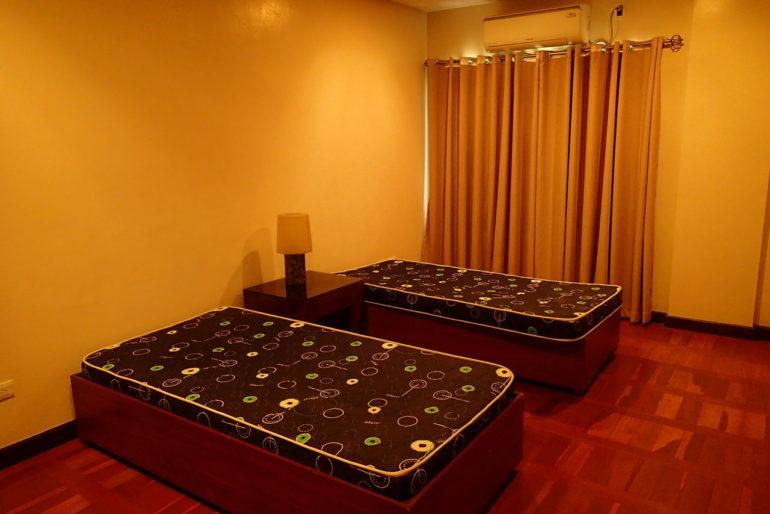 ハサラムコートヤードベッドルーム1