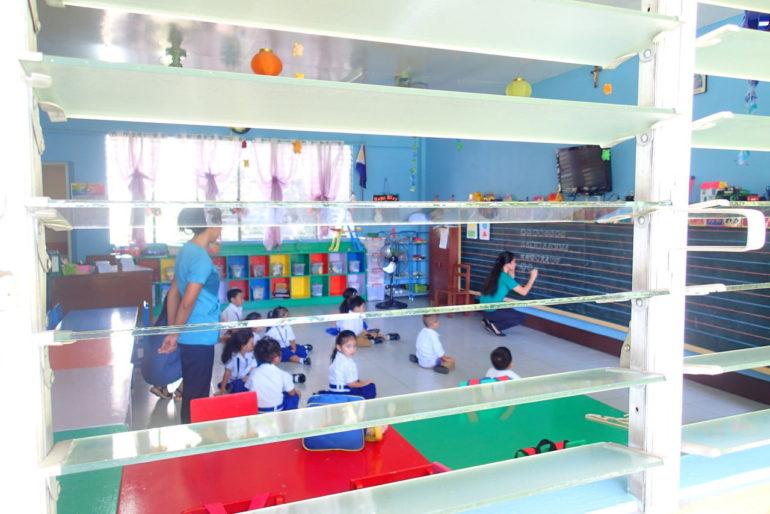 ドゥマゲッティの幼稚園のフィリピン語授業
