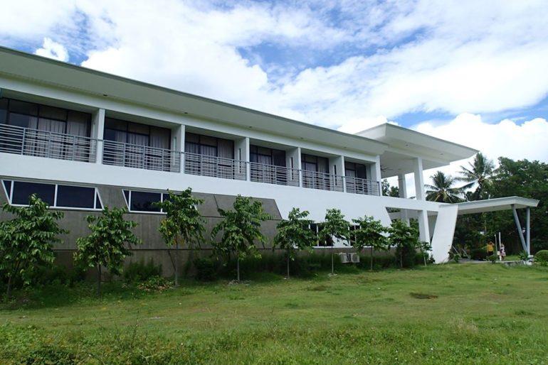 ドゥマゲッティで農業学校、農業ビジネス